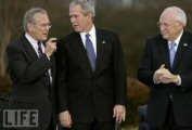 Le 11 Septembre, Rumsfeld bricolait pendant que Cheney dirigeait le pays thumbnail