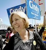 Cindy Sheehan : N&rsquo;oublions pas le mmorandum du 6 aot 2001  Georges W. Bush thumbnail
